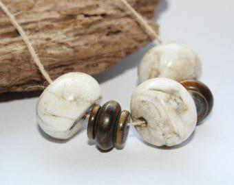 Handmade beads, vintage beads, retro Pearl, Conch Shell Beads, bone beads, leg beads