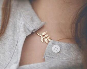 Bridesmaid necklaces, leaf necklace, gold leaf necklace set, gold bridesmaid necklaces garland necklace
