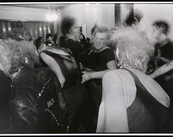 Photography from the GDR. Punks, around 1985. Photograph by Harald HAUSWALD