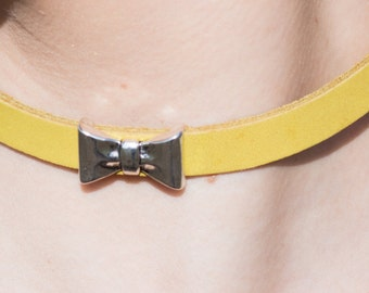 Handmade Leather Choker with a silver chain made in Barcelona, Spain.