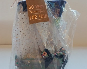 "Berry Gift Baskets ""THANKS"" (Blue)"