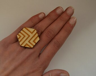 Wood ring - Laser cut ring - Hexagon ring - Eco friendly jewelry - Wood jewelry - Laser cut jewelry - Eco jewelry - Adjustable ring