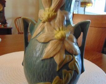 Roseville Clematis Vase with Handles (free shipping)