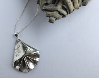 Fine silver fan pendant - 999 silver fan pendant - Origami pendant - Mother's day gift - Birthday gift - Ladies pendant - Gift for her