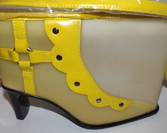 Retro Yellow Shoe Purse