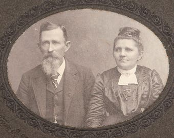 FREE SHIPPING: Antique Vintage Cabinet Photo of Couple - Vintage Photograph of Delaware Man and Woman