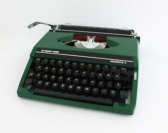 Green Silverreed Silverette typewriter, Silver-Reed Silverette typewriter, green typewriter