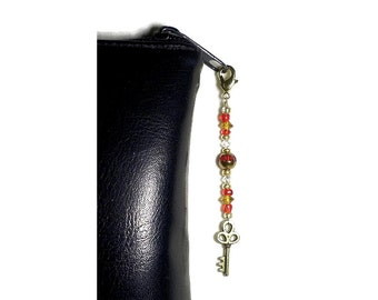 Red Glass Bead Zipper Pull With Key Charm, Beaded Key Swag, Purse Embellishment, Clutch Adornment, Make-up Bag Bling, Backpack Decoration