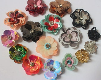 Lot 10 Random Sequins Beaded Flower cloth stickers DIY garment accessories decorative Sequin cloth Colorful Stunning Flowers wholesale