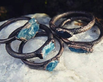 Apatite ring / crystal ring / electroformed ring / boho jewelry / statement ring / blue stone ring / rustic ring