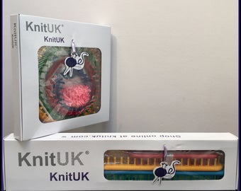 KnitUK Combo Pack: Round & Long Sets of 4. Extra pegs included to be fitted.