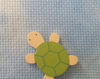 Turtle needle minder