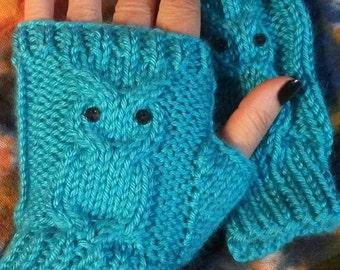 Owl fingerless mitts