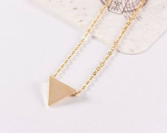 PROMO! Alison feminine 18K gold plated triangle necklace chic timeless understated elegant woman
