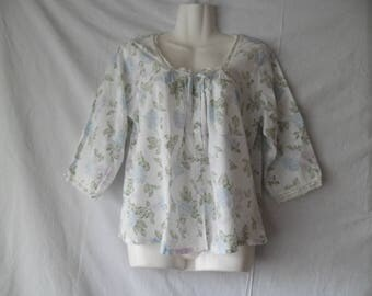 Vintage Laura Ashley Romantic Blouse,Flower Print Blouse Buttons Front 3/4 Sleeves Size M,Vintage Flower Blouse Lace Details,Summer Blouse