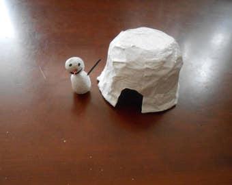 Igloo + snowman
