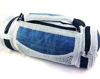 Crochet-Jeans shoulder bag