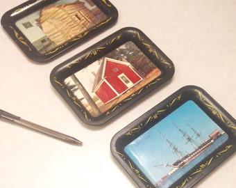 Vintage tin trays/small tin trays/vintage home decor/trinket trays