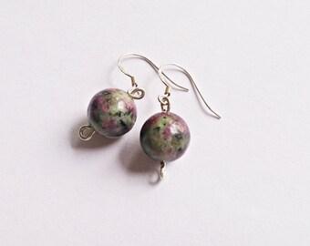 silver earrings, small earrings, elegant earrings,dainty earrings, gift for her,Simple earrings,Simple jewelry,Stone earrings,Silver jewelry