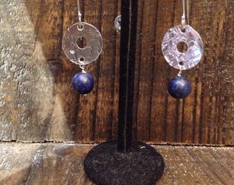 Circle earrings with lapis lazuli