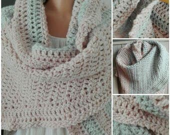 Wrap scarf in pastel blue and pastelrose