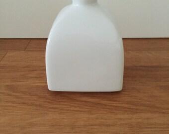 KPM vase, cube-shaped, design Trude Petri, sceptre brand