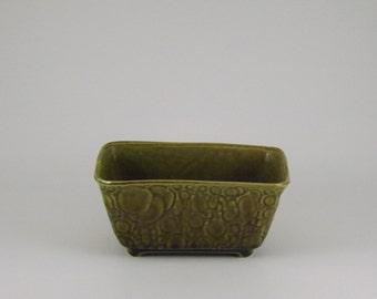 Brush McCoy Pottery Avocado Green Bubble Design