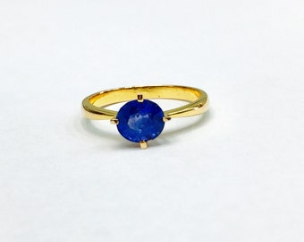 Natural Blue Sapphire Solitaire