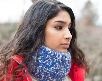 Cobalt Blue & White Chunky Wool/Acrylic Neck Warmer Scarf