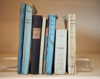8 blue and green paperbound books for decoration, collection, instant libraries