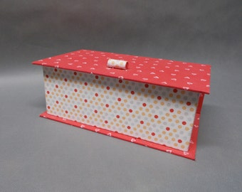 Box a tissues, empty Pocket