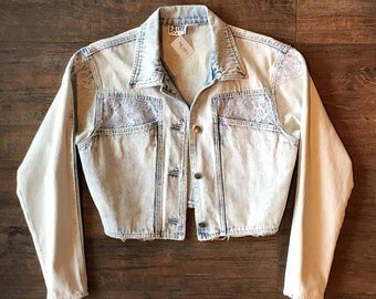 1980's Vintage Light Wash Denim Jean Crop Jacket