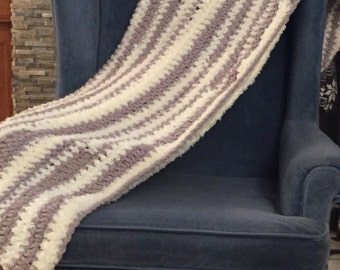 Chunky Cream and Grey Crochet Throw