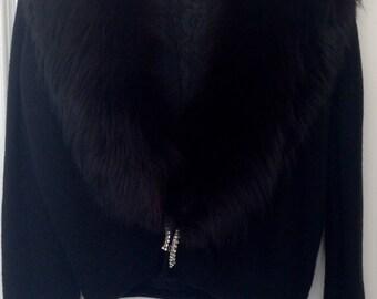 Vintage Gorgeous Pin Up Sweater w/Black Fox & Rhinestone Closure