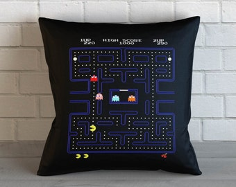 Old School Game : Pacman, Throw Pillow, Decorative Pillow