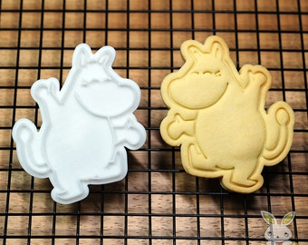 Happy Moomin Cookie Cutter and Stamp