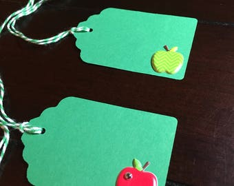 Apple gift tags, teacher gift tags, apple favor tags, Big Apple Party Theme - 6 per order