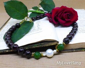 Garnet Necklace/Red Garnet Necklace/Green Jade/Multicolor Womens Necklace/Feng Shui/Love Necklace/Money Wealth/Business Successes