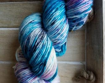 Hand Dyed Yarn | DK Worsted Weight | Superwash Merino Wool Yarn - Teal - Turquoise - Blue - Electric Blue