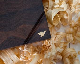 End Grain Cutting Board, Walnut Cutting Board, Housewarming Gift, Wood Cutting Board, Serving Board, Wedding Gift, Custom Cutting Board