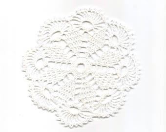 Mini Crochet Doily Lace Doilies Table decoration Crocheted Doily Centerpiece Handmade Wedding Doily Napkin Bohemian Decor Round White Flower