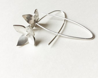 Silver Textured flower earrings, flower droppers, blossom earrings, hammered earrings