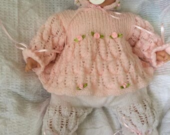 Baby reborn dolls hand knitted outfit/clothing