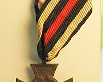 WWI German 1914-1918 Hindenburgh Cross Medal