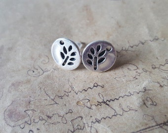 Round leaf earrings ~ silver ~