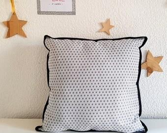 Cushion black Hexagon