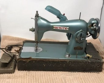Vintage WHITE Rotary Sewing Machine 6775 E-6354 Buttonholer Teal Retro Turquoise