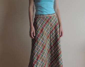FREE SHIPPING - Vintage 70's, 80's VESTIS одежда High waist plaid skirt, a mark of quality, Made in Soviet Union
