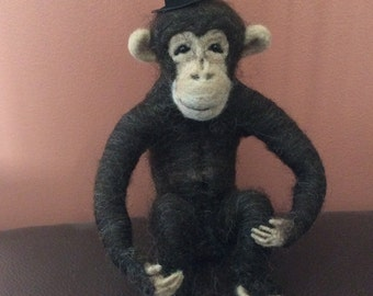 Needlefelt, Needle felt, Needle felted animal, Needle felted monkey, Needlefelt monkey, Needlefelted, Needlefelted chimp
