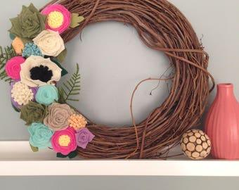 Custom Grapevine Wreaths with Felt Flowers, Mothers' Day, Spring Flowers, Spring Wreath, Gallery Wall, Nursery Decor